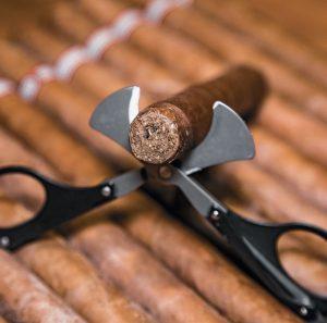 tesoura de cortar charuto