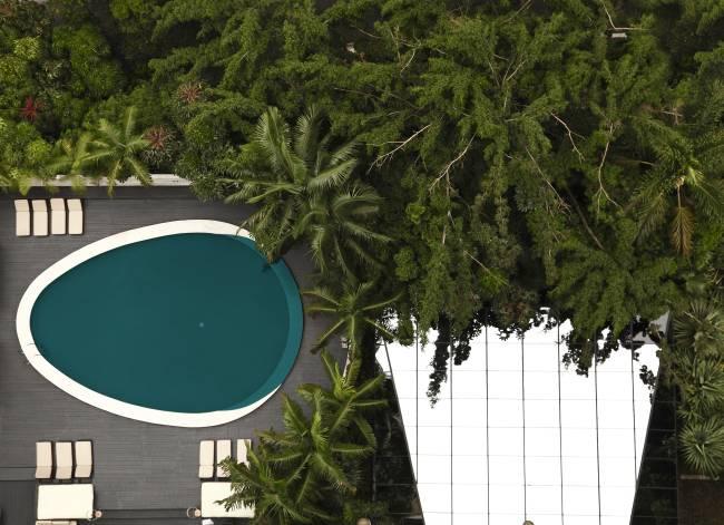 piscina tivoli mofarrej